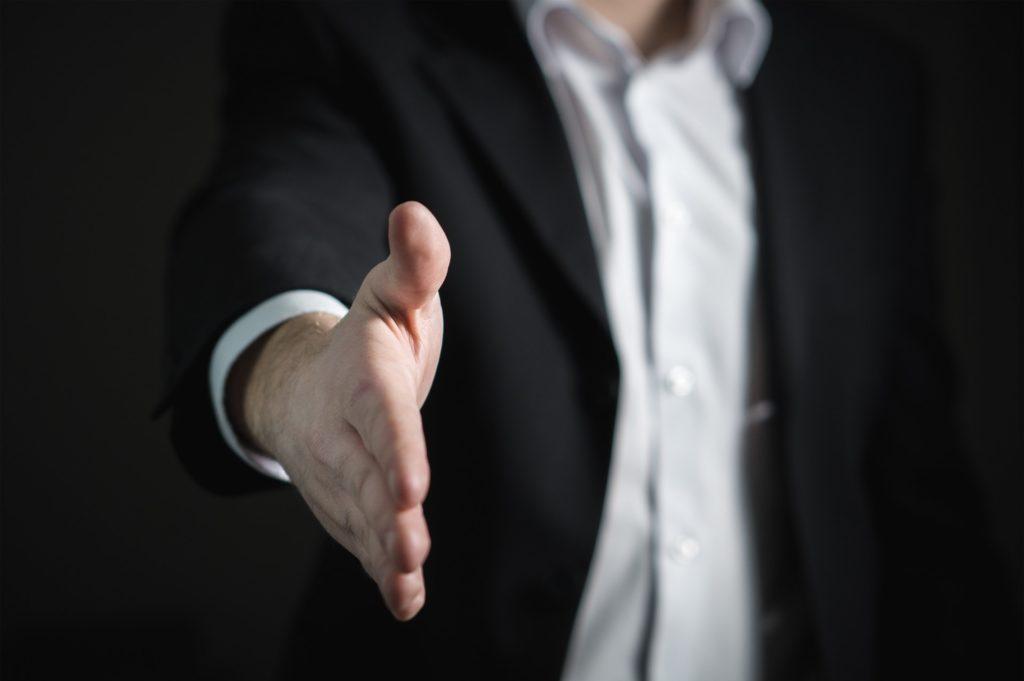 Comment bien choisir son agent immobilier pour vendre rapidement et au meilleur prix à Niort?